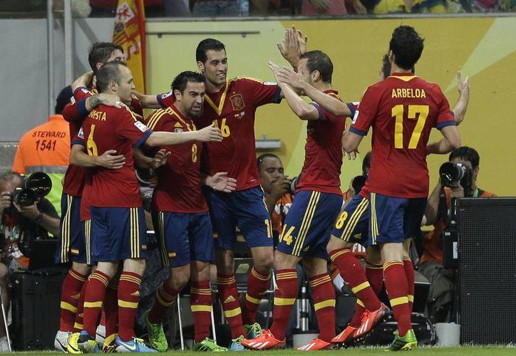 España logra su primer triunfo en la Copa Confederaciones. (Agencias)