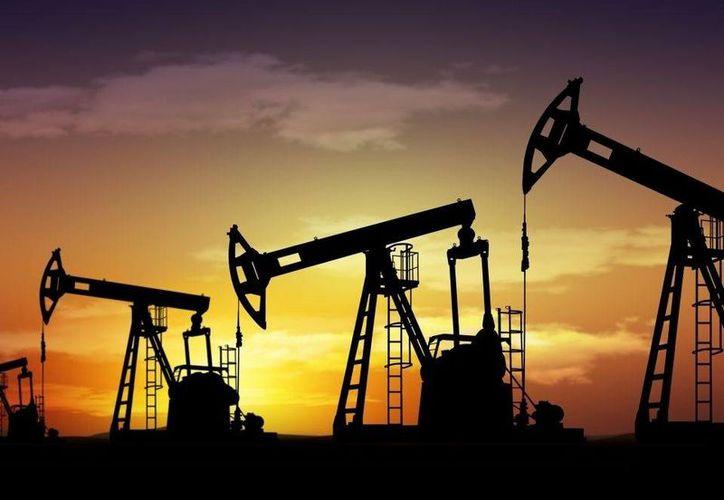 Los países del Golfo Pérsico han dejado en claro que están listos para soportar los bajos precios que están golpeando a sus socios en la OPEP como Venezuela e Irán. (laprensalara.com.ve)
