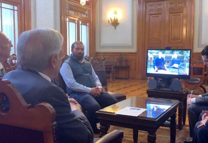 El presidente de México, Andrés Manuel López Obrador, sostuvo una videoconferencia con el CEO de Facebook,  Mark Zuckerberg.  (Twitter/@lopezobrador_)