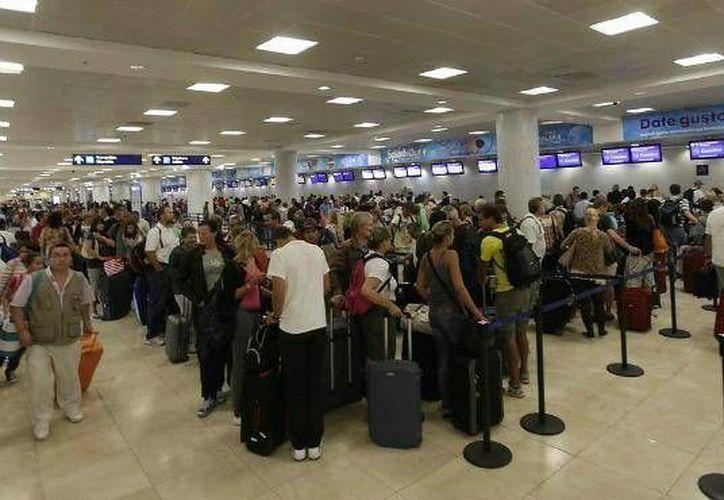 El Aeropuerto Internacional de Cancún recibirá el día de mañana al pasajero 18 millones. (Redacción/SIPSE)