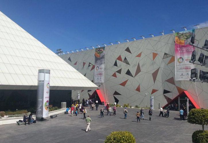 Este año el Tianguis se lleva a cabo en puebla, en la imagen, el recinto sede. (Renán Moguel/SIPSE)