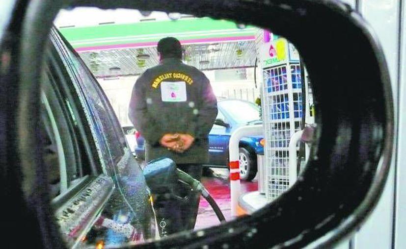 La Profeco dio a conocer que en lo que va del año se han realizado 2 mil 211 verificaciones a gasolineras en todo México. (Milenio Novedades)