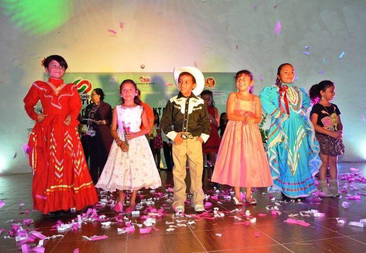 """Los infantes han trabajado arduamente en su preparación, para dar lo mejor en la final del concurso """"Chetumal, así cantan tus niños"""". (Redacción/SIPSE)"""