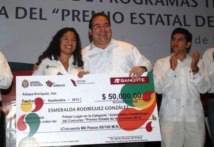 Parece que los sentimientos siempre pesarán más en la vida de Esmeralda Rodríguez.(Milenio)