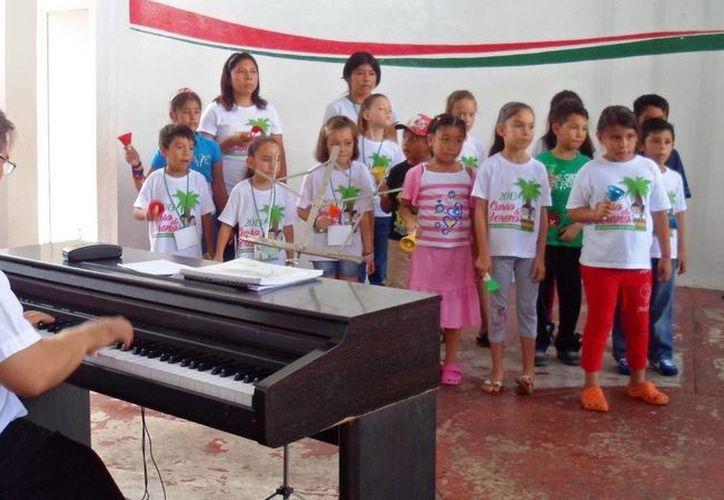 """""""Por un Quintana Roo Verde"""", instruyó y sensibilizó a los infantes en torno a temas como el cuidado ambiental, el reciclaje y conocimiento de la flora y la fauna. (Redacción/SIPSE)"""