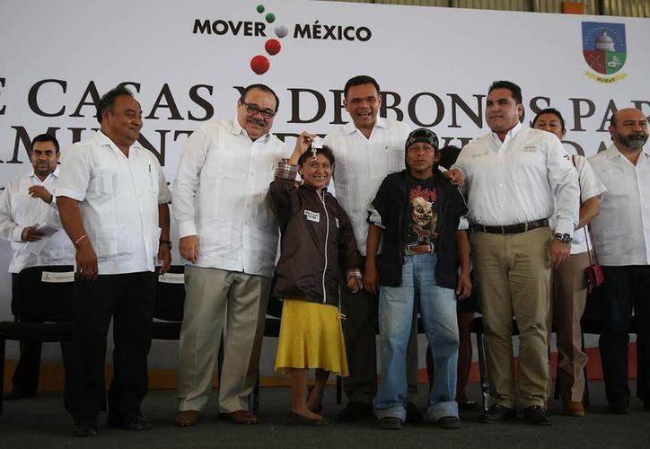 El gobernador Rolando Zapata se reunirá este viernes con integrantes de la Federación de Trabajadores del Estado de Yucatán-CTM y con vecinos de Kikteil. (SIPSE)