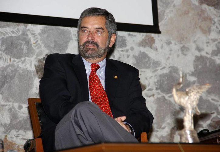 De La Fuente ha sido distinguido por varias universidades del mundo. (Archivo/Notimex)