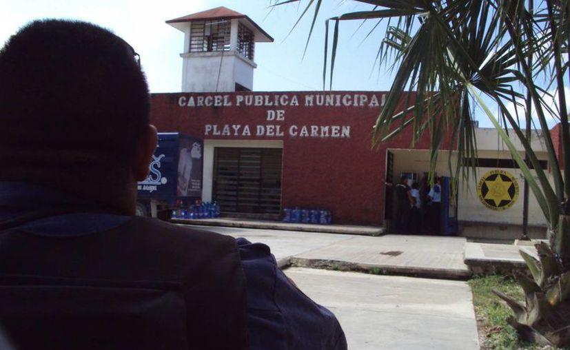 Destinarán recursos para capacitación y equipamiento de la policía. (Adrián Barreto/SIPSE)