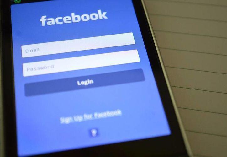 Facebook tiene muchas más funciones además de las opciones de publicar fotos y videos. (www.miltondavila.com)