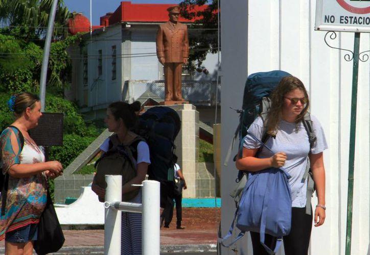 Turistas beliceños compartieron a través de redes sociales los atropellos de los que eran víctimas. (Ángel Castilla/SIPSE)