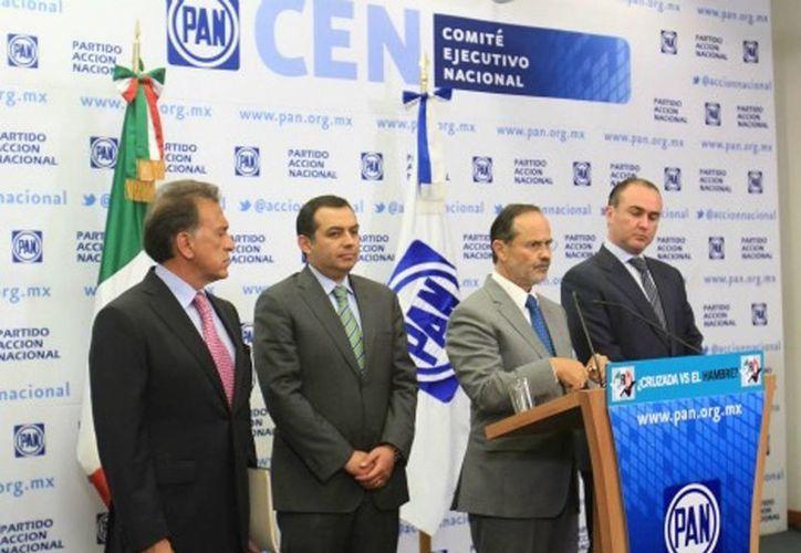 El líder nacional del PAN, Gustavo Madero, acusó al gobierno federal de atentar contra los compromisos del Pacto por México. (Notimex)