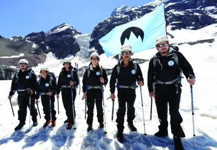 Varios activistas de Greenpeace han estado habitando distintos glaciares en el país. (greenpeace.org)