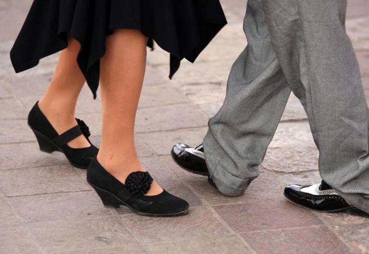 """Este domingo inició el encuentro internacional """"Baila en Cuba"""", organizado por la agencia cubana de turismo cultural Paradiso. (wikipedia.org)"""