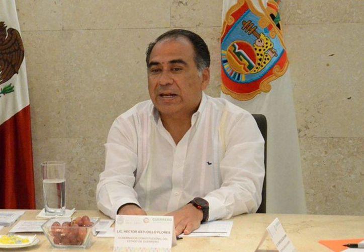 El Ejecutivo guerrerense, Héctor Astudillo, pide a los normalistas mejorar 'para que las cosas cambien'. (Archivo/Notimex)