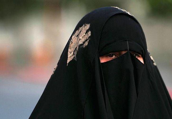 El Estado Islámico ha confirmado  que abusa de todas las formas de mujeres y niñas de minorías étnicas. (Archivo/Reuters)