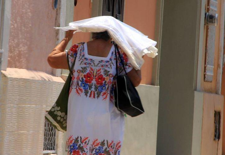 El calor seguirá cayendo a plomo en Yucatán. (José Acosta/SIPSE)