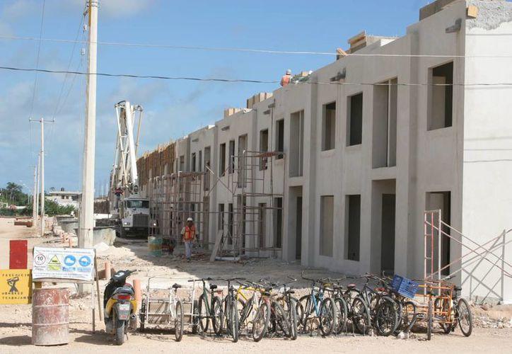 Nueva desarrolladora vendrá a construir cuatro mil viviendas económicas el próximo año. (Tomás Álvarez/SIPSE)