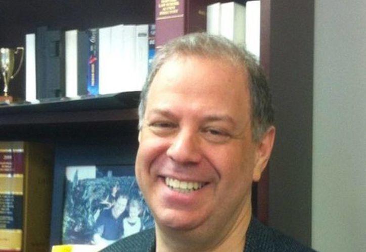 Joshua L. Dratel, presidente y abogado en el despacho Joshua L. Dratel,  es experto en extradiciones. Kate del Castillo aseguró en conversación con El Chapo que el estadounidense lo iba a representar. (Tomada de Twitter @JDratel)