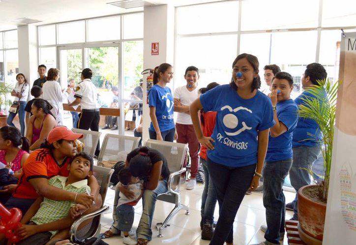 Yucatán, con el apoyo de organismos altruistas nacionales e internacionales, realiza jornadas de cirugía para pacientes infantiles con labio leporino y paladar hendido. (Notimex)