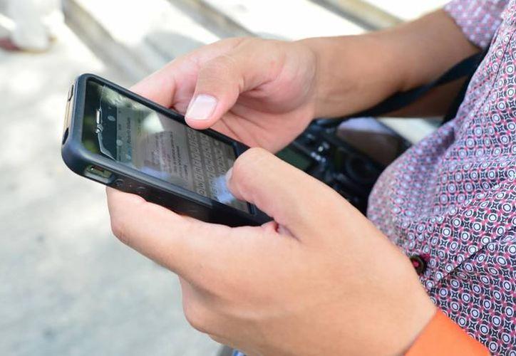 Las víctimas recibieron un supuesto WhatsApp de sus familiares. (SIPSE)