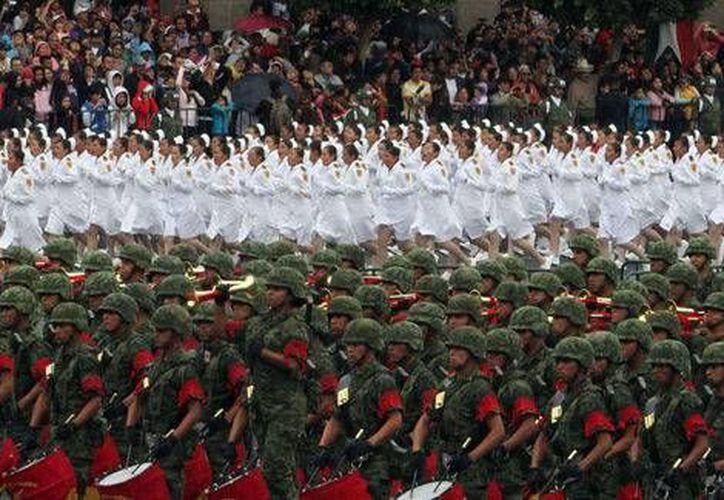 Las reformas tienen el propósito de beneficiar a los militares profesionales formados en sus filas. (Archivo/MILENIO)
