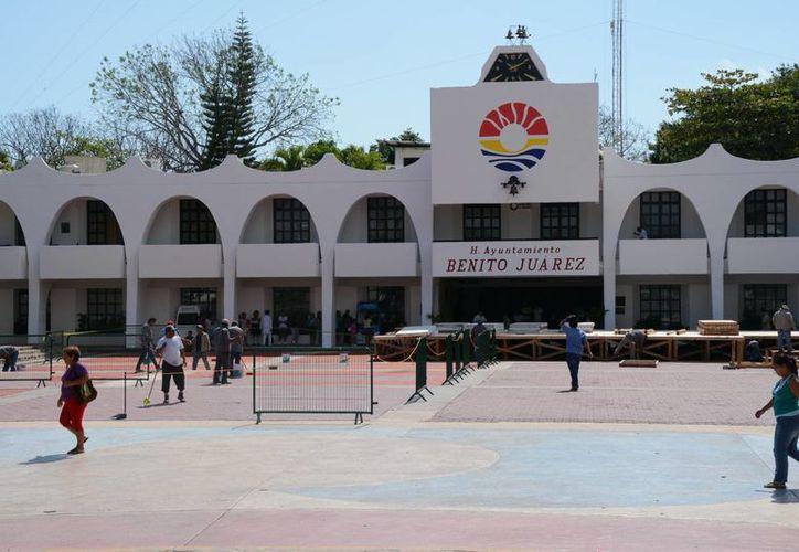 Los comercios instalarán stands en la plaza de La Reforma del Ayuntamiento. (Victoria González/SIPSE)