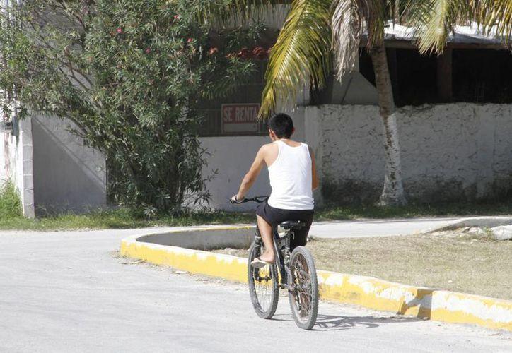 Los cancunenses están propensos a sufrir un percance vial. (Tomás Álvarez/SIPSE)
