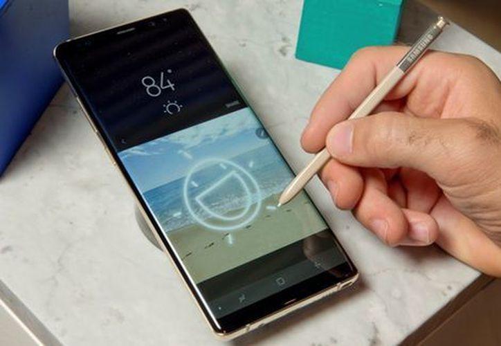 Samsung Electronics México anunció la cancelación del lanzamiento del Galaxy Note 8. (Especial/AP)