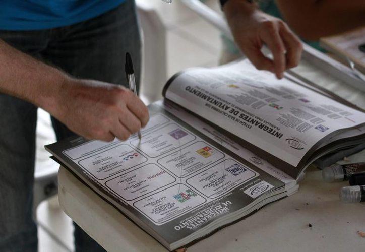 El proyecto de presupuesto 2016 del Instituto Nacional Electoral se aprobará en el organismo a finales de agosto. Imagen de contexto, solo para fines ilustrativos. (Archivo/Notimex)