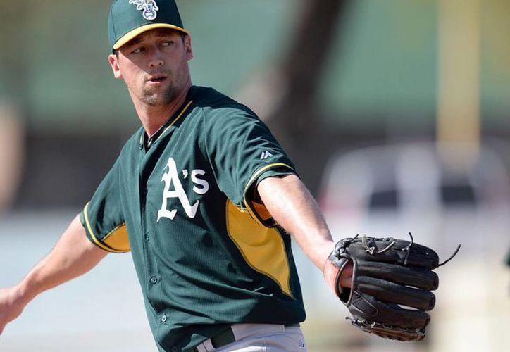 Luke Gregerson, nuevo refuerzo de Astros de Houston, recibirá 18.5 millones de dólares garantizados durante 3 años. (astrosdaily.com)
