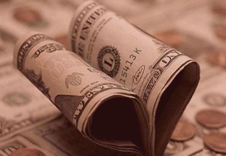 De acuerdo con varios estudios, la felicidad depende de las relaciones sociales que se tienen, no del dinero. (Conexto)