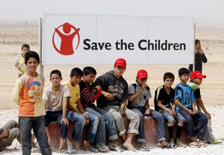 Miles de niños sirios han logrado escapar de la cruenta guerra civil que azota a su país, aunque algunos han muerto en el camino a Europa. (EFE)