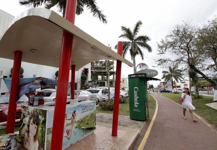 Se instalarán en el centro, zona hotelera y Puerto Morelos, para beneficio de turistas. (Francisco Gálvez/SIPSE)
