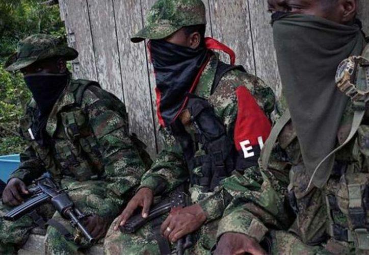 El gobierno y el ELN, conformado por unos dos mil combatientes, iniciaron una negociación de paz en Ecuador en febrero del año pasado. (Reuters)