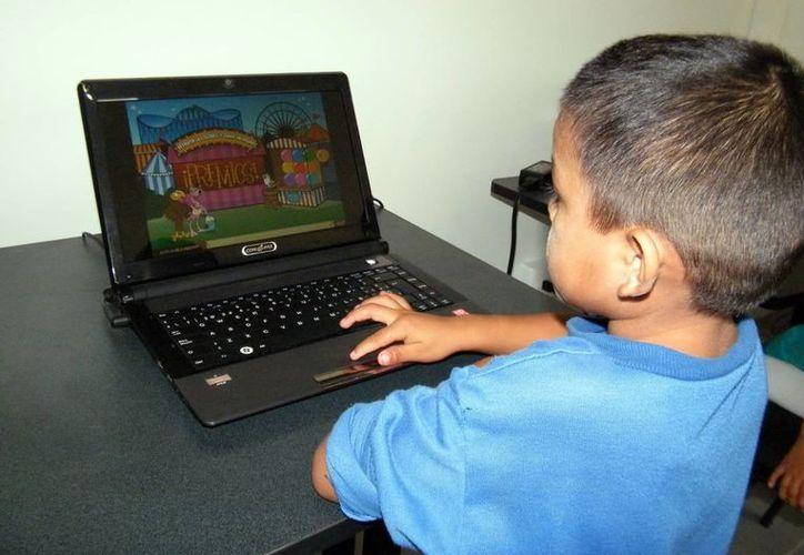 Cada vez es más común que las familias yucatecas cuenten con internet en sus hogares. (Milenio Novedades)