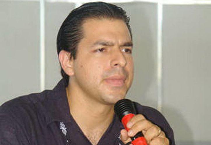 El derecho se lo ganó Carrillo Baranda luego de sus resultados adquiridos frente al equipo local que asistió en la Olimpiada Nacional 2013.(SIPSE)