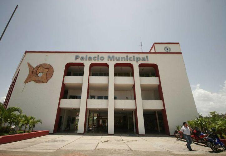 El gasto corriente actual del Ayuntamiento es de 115 millones de pesos. (Harold Alcocer/SIPSE)