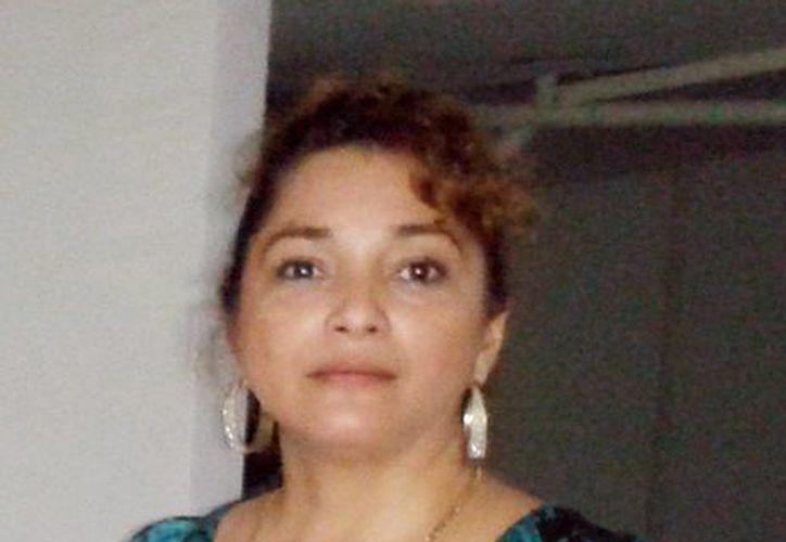 """La presidenta de Vida Fraterna, Mónica López Sabido, informó que la exposición itinerante denominada """"México, Valores de Identidad"""" está muy solicitada por escuelas de Mérida y otros lugares. (Milenio Novedades)"""
