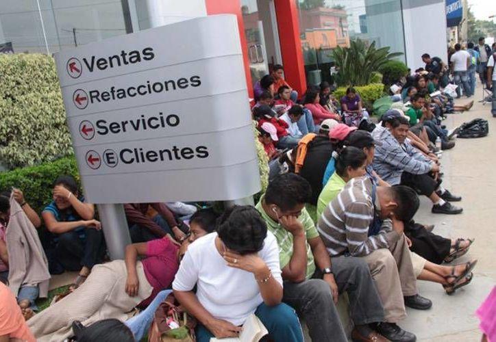 Maestros de Oaxaca se concentraron en zonas comerciales. (Archivo/SIPSE)