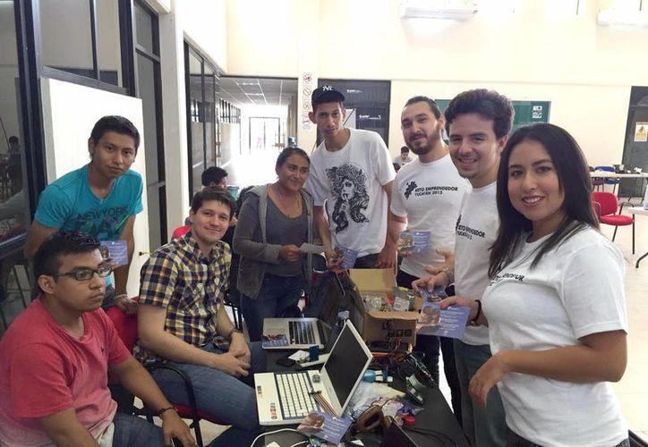 Los emprendedores promueven diversas causas sociales por las calles de Mérida y la Feria Yucatán en Xmatkuil. (Milenio Novedades)