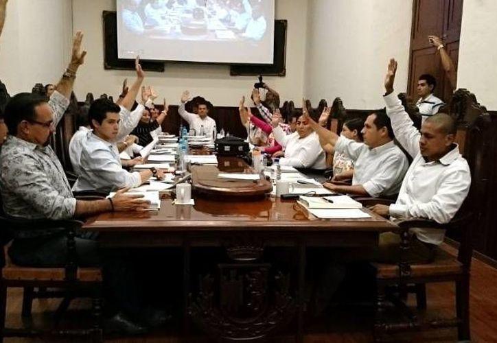 Siete ayuntamientos de Yucatán tendrán un incremento en el número de sus regidores. (Imagen estrictamente ilustrativa/ Milenio Novedades)