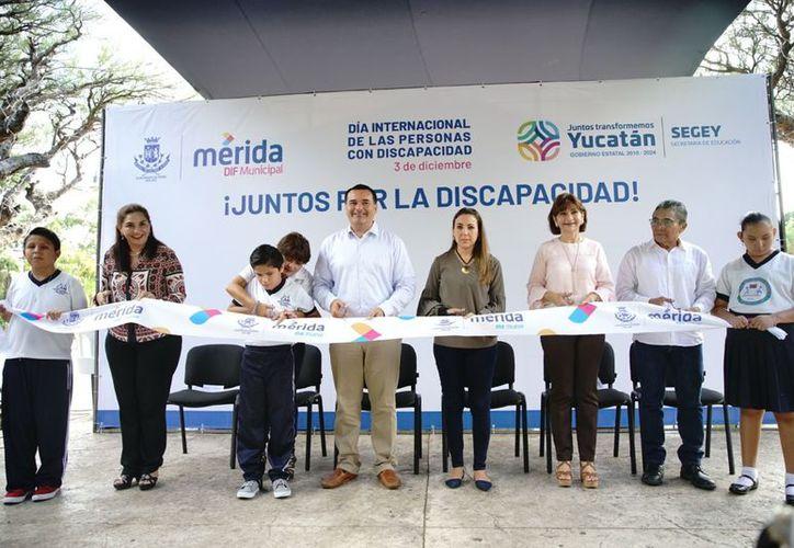 La Feria de la Discapacidad fue inaugurada en el marco del Día Internacional de las Personas con Discapacidad.