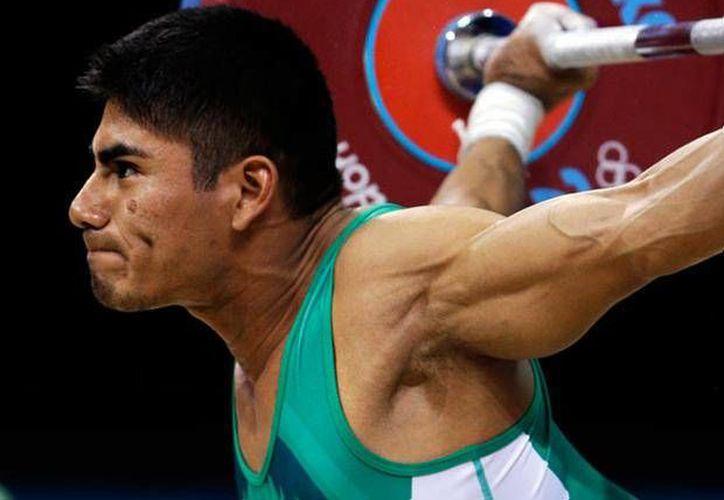 El yucateco Lino Montes dio la cara por México en pesas en los Juegos Centroamericanos y del Caribe. (foxsportsla.com/Foto de contexto)