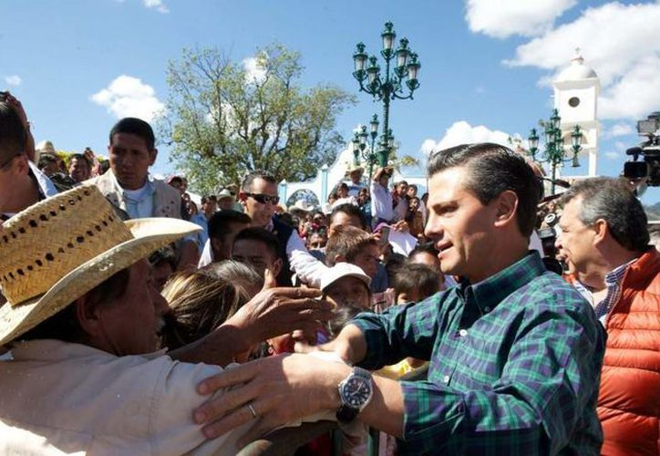 Peña Nieto aseguró que continuará la lucha contra la pobreza alimentaria en los municipios más marginados del país. (Presidencia)