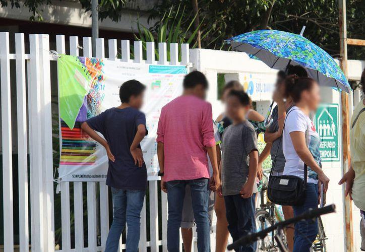 Los alumnos están expuestos a asaltos o ser acosados por personas ajenas a los planteles, indican autoridades. (Octavio Martínez/SIPSE)