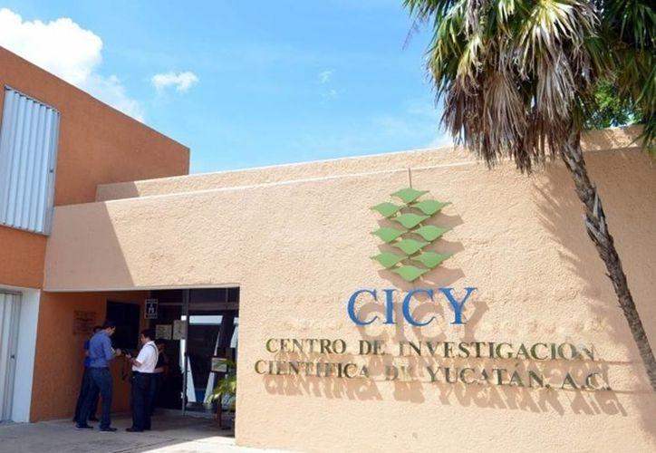 Hace 15 años el Laboratorio de Metrología del Centro de Investigación Científica de Yucatán recibió su primera acreditación. (SIPSE)
