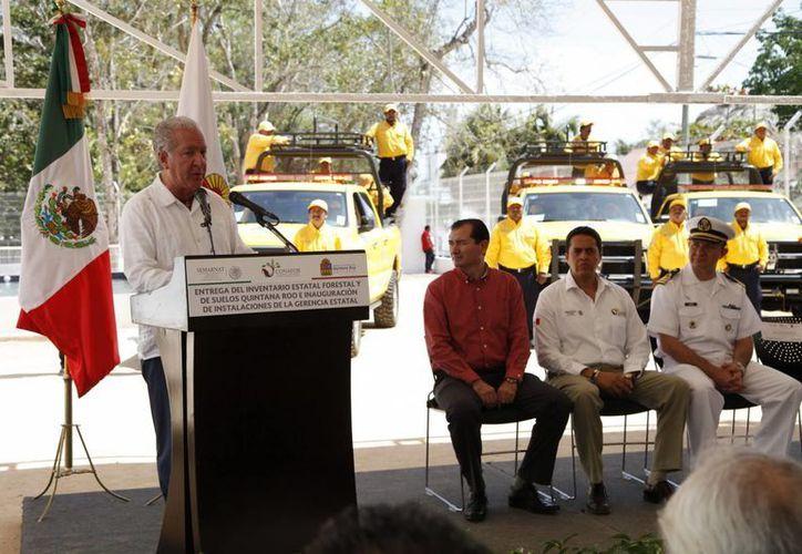 En la reunión se entregaron las nuevas instalaciones de la Conafor. (Edgardo Rodríguez/SIPSE)