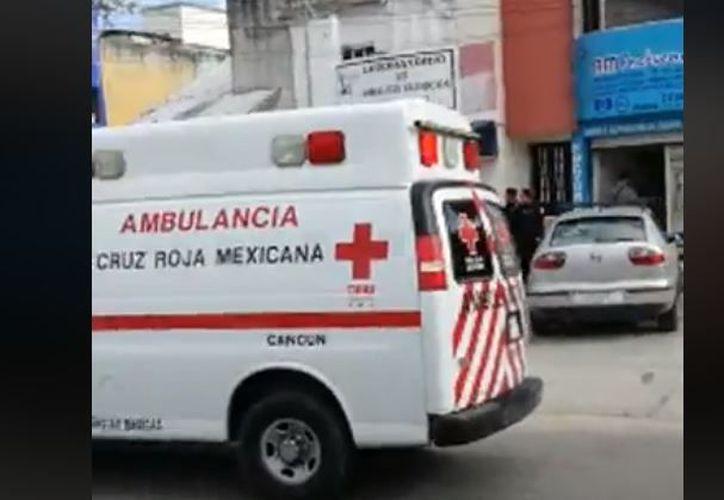 El hombre fue agredido a balazos en una oficina ubicada en la avenida Miguel Hidalgo. (Foto: Redacción)