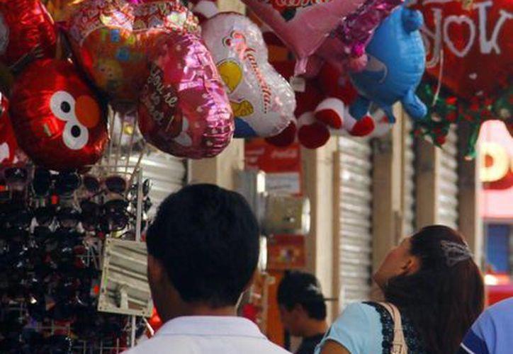 Profeco recorrerá tiendas de artículos del Día de la Amor y la Amistad para vigilar que los comercios no eleven sus precios. (Milenio Novedades)