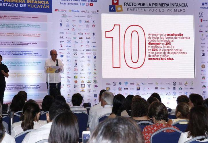 El pacto fue convocado por 370 organizaciones que trabajan a favor de la niñez. (José Acosta/Milenio Novedades)